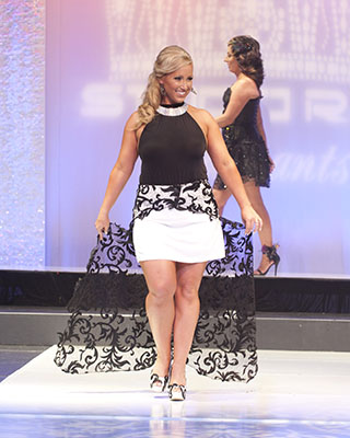 2016 Captivating Fun Fashion Runway 2   Resize